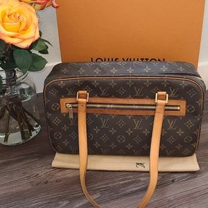 🎉CITE GM🎉 LOUIS VUITTON HANDBAG